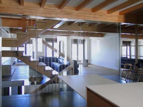 escaleras vidrio mampara mesa transparencia continuidad